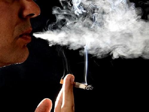 Hút thuốc lá gây ung thư nghiêm trọng.