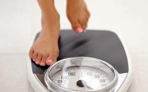 Giảm cân là dấu hiệu ung thư gan ai cũng bỏ qua
