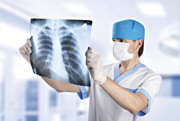 Điều trị ung thư phổi bằng sinh học phân tử EGFR