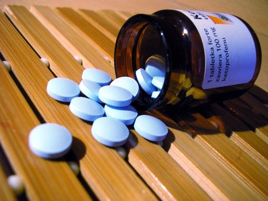 Giá thuốc điều trị ung thư không ngừng tăng