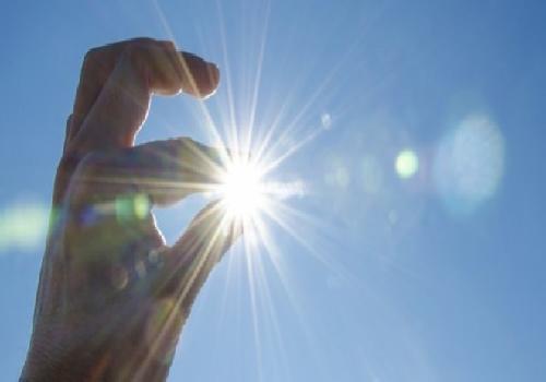 Ánh nắng mặt trời giúp giảm nguy cơ gây ung thư phổi