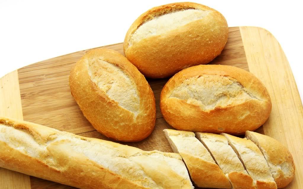 Bánh mì là thực phẩm không tốt trong chế độ ăn của người bị ung thư dạ dày