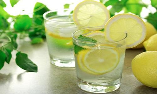 Uống nước ép cam,tranh giúp thải độc chống ung thư phổi