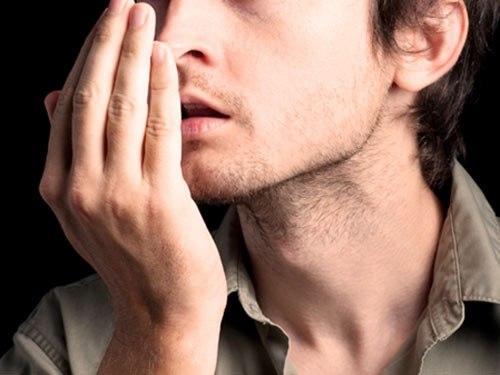 Nhận biết dấu hiệu bệnh ung thư dạ dày qua hơi thở