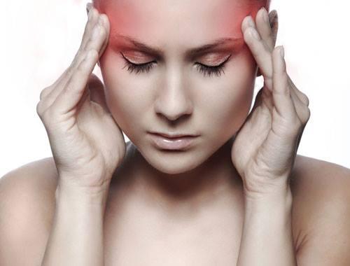 Đau đầu thường xuyên hãy đi khám ngay vì nó là dẫu hiệu ung thư máu