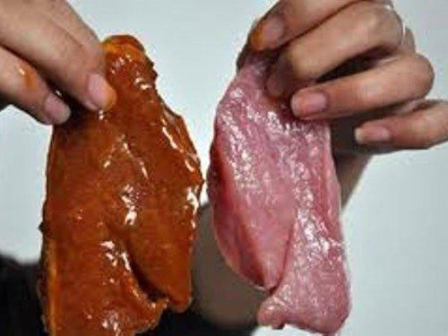 Hoá chất gây ung thư trong thực phẩm không đảm bảo an toàn vệ sinh thực phẩm.