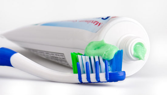 kem đánh răng có chất gây ung thư