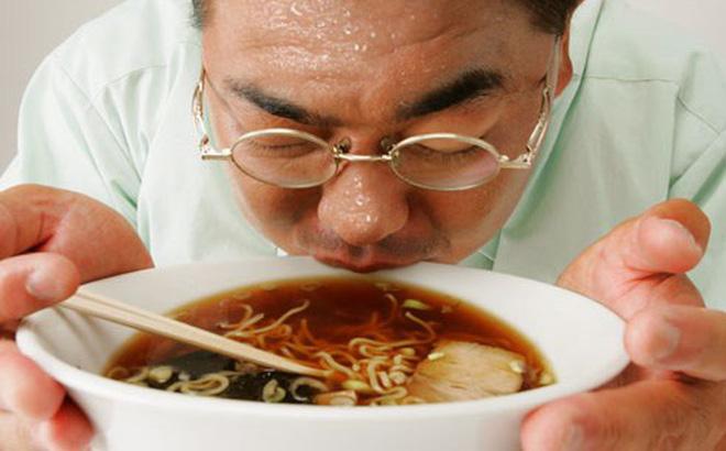 Nguyên nhân gây bệnh ung thư dạ dày thường do thói quen ăn uống