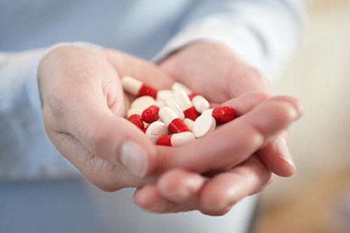 những sai lầm khi dùng thuốc kháng sinh cho bệnh viêm đại tràng