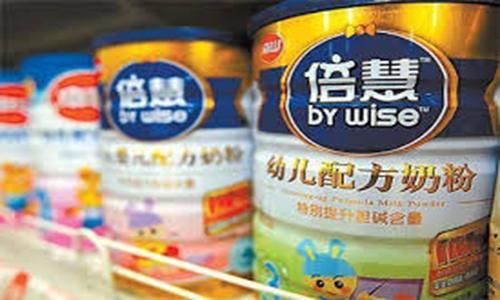 Hàng loạt sữa gây ung thư được sản xuất từ Trung Quốc khiến người tiêu dùng hoang mang.