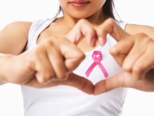 Hỗ trợ phụ nữ tầm soát điều trị ung thư vú