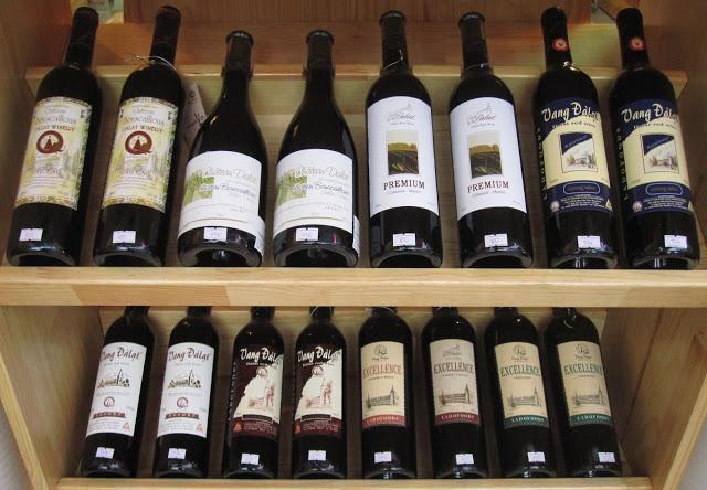 Rượu là thực phẩm gây ung thư quen thuộc.