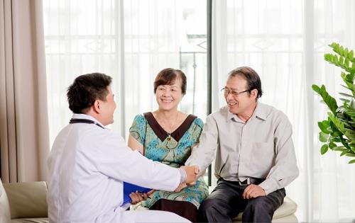 cách giảm đau cho bệnh nhân ung thư đại tràng