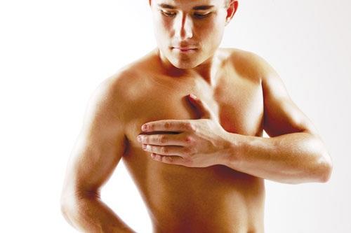 Ung thư vú ở nam giới do di truyền