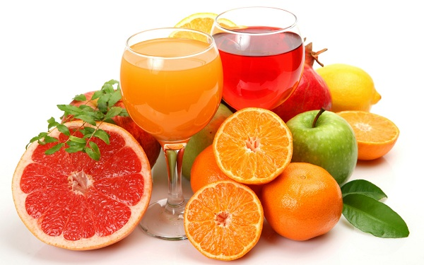 Nguy cơ gây ung thư từ việc uống nước ép trái cây.