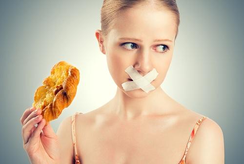 Những thực phẩm bệnh nhân ung thư cổ tử cung không nên ăn