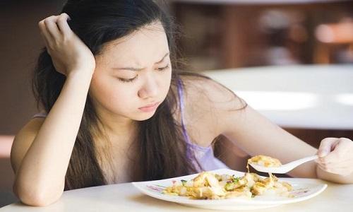 Đói nhưng không thèm ăn có thể là dấu hiệu ung thư dạ dày