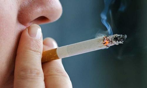 Hút thuốc lá là yếu tố nguy cơ gây ung thư mũi xoang