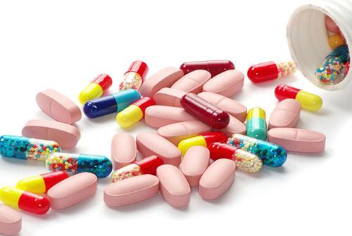 Dùng nhiều loại kháng sinh điều trị viêm đại tràng là sai lầm dễ mắc